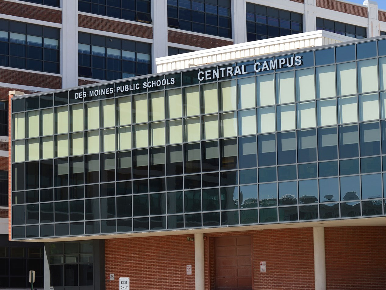 Career Program for Students Coming to Central Campus